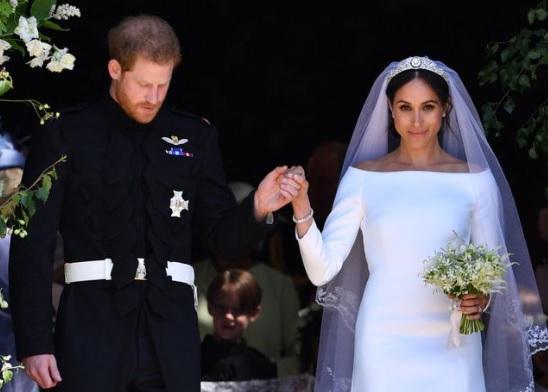 ROYAL WEDDING, BUHAY CARINDERIA,ATBP.